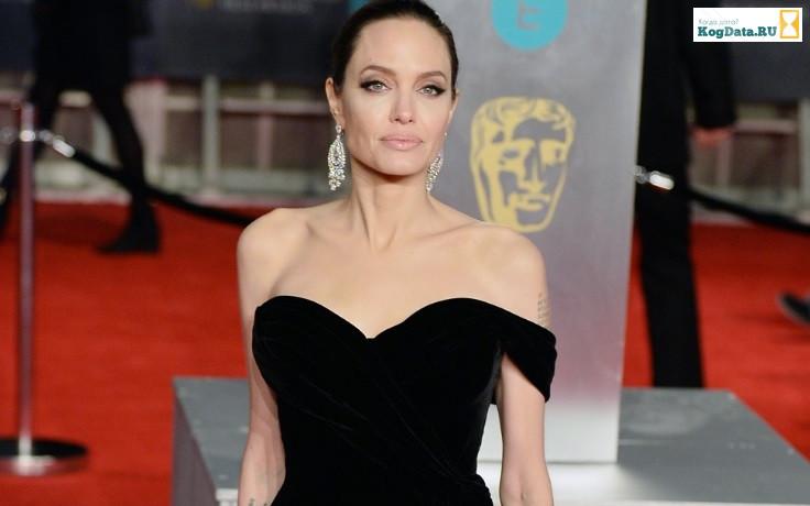 Анджелина Джоли последние новости: попала в психушку!